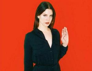 Lana Del Rey została wiedźmą. Gwiazda rzuca klątwę!